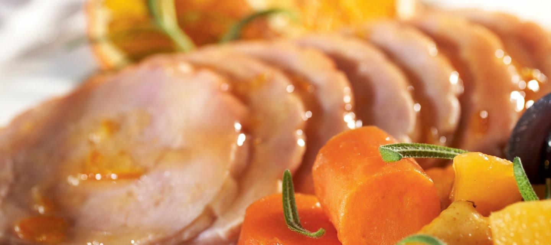 Appelsiinikalkkuna ja rosmariinijuurekset